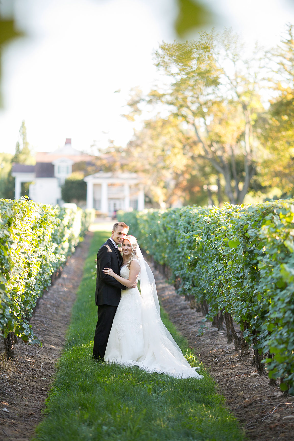 vineyard-bride-philosophy-studios-fall-wedding-niagara-toronto-vendor-0049.JPG