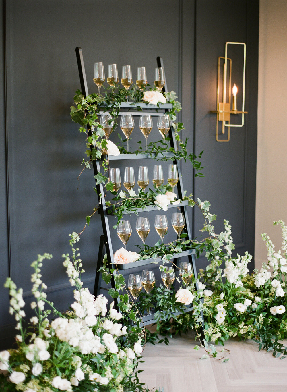 the-gate-house-niagara-on-the-lake-weddings-vineyard-bride-swish-list-photo-6.jpeg