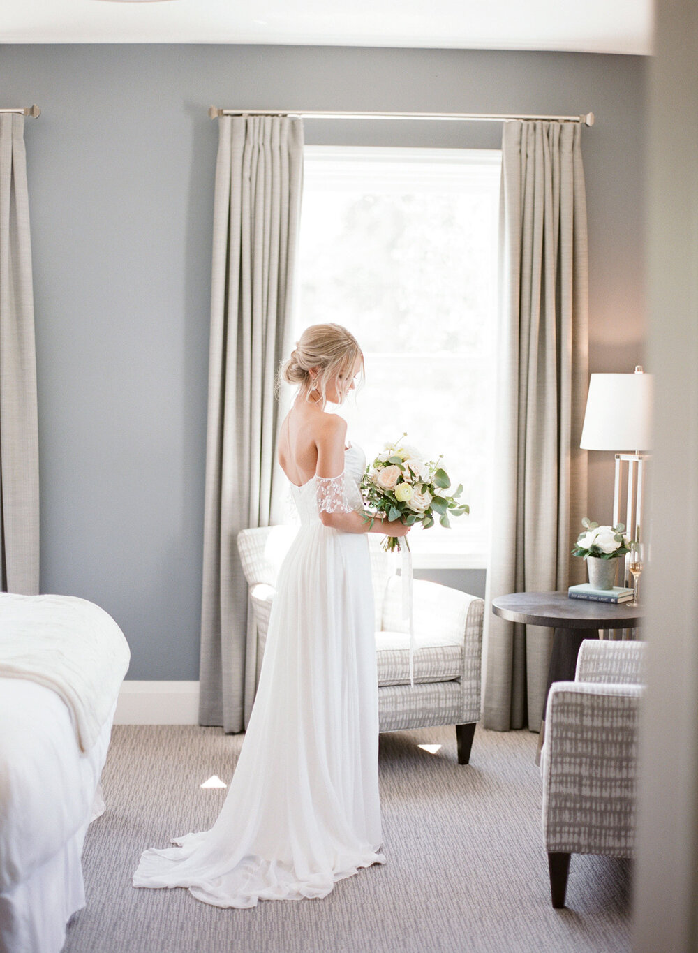 the-gate-house-niagara-on-the-lake-weddings-vineyard-bride-swish-list-photo-3.jpeg