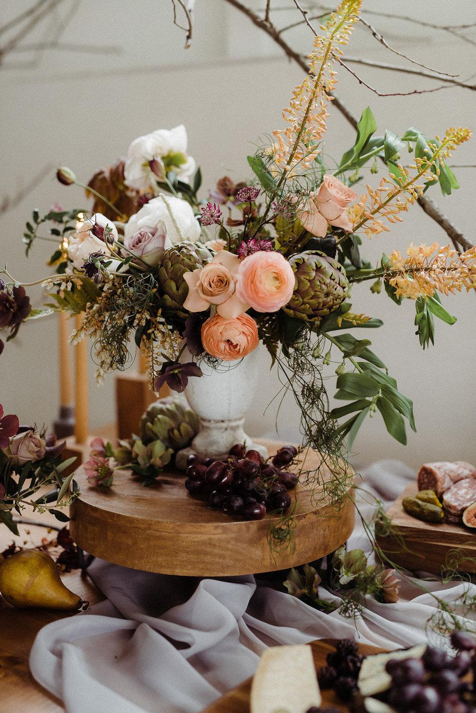 vineyard-bride-vendor-spotlight-lush-florals-and-events-niagara-wedding-florist-vendors-toronto-southern-ontario-005.jpg