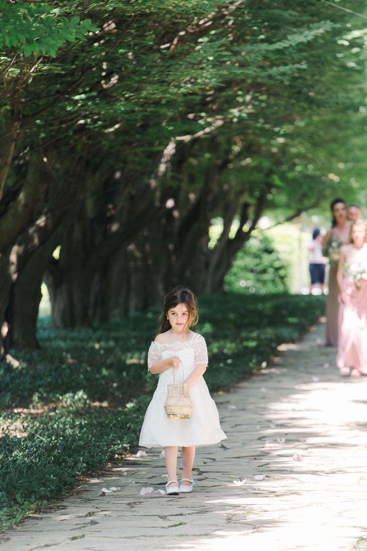 Chateau-des-Charmes-Wedding-Summer-Vineyard-Bride-Niagara-on-the-Lake-photos-by-Gemini-Photography-Ontario-0013.jpg