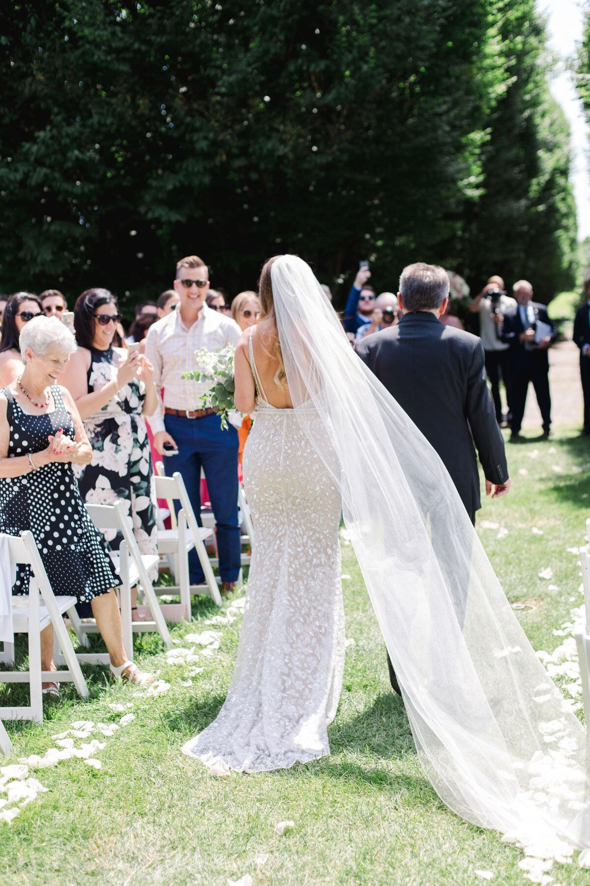 Chateau-des-Charmes-Wedding-Summer-Vineyard-Bride-Niagara-on-the-Lake-photos-by-Gemini-Photography-Ontario-0016.jpg