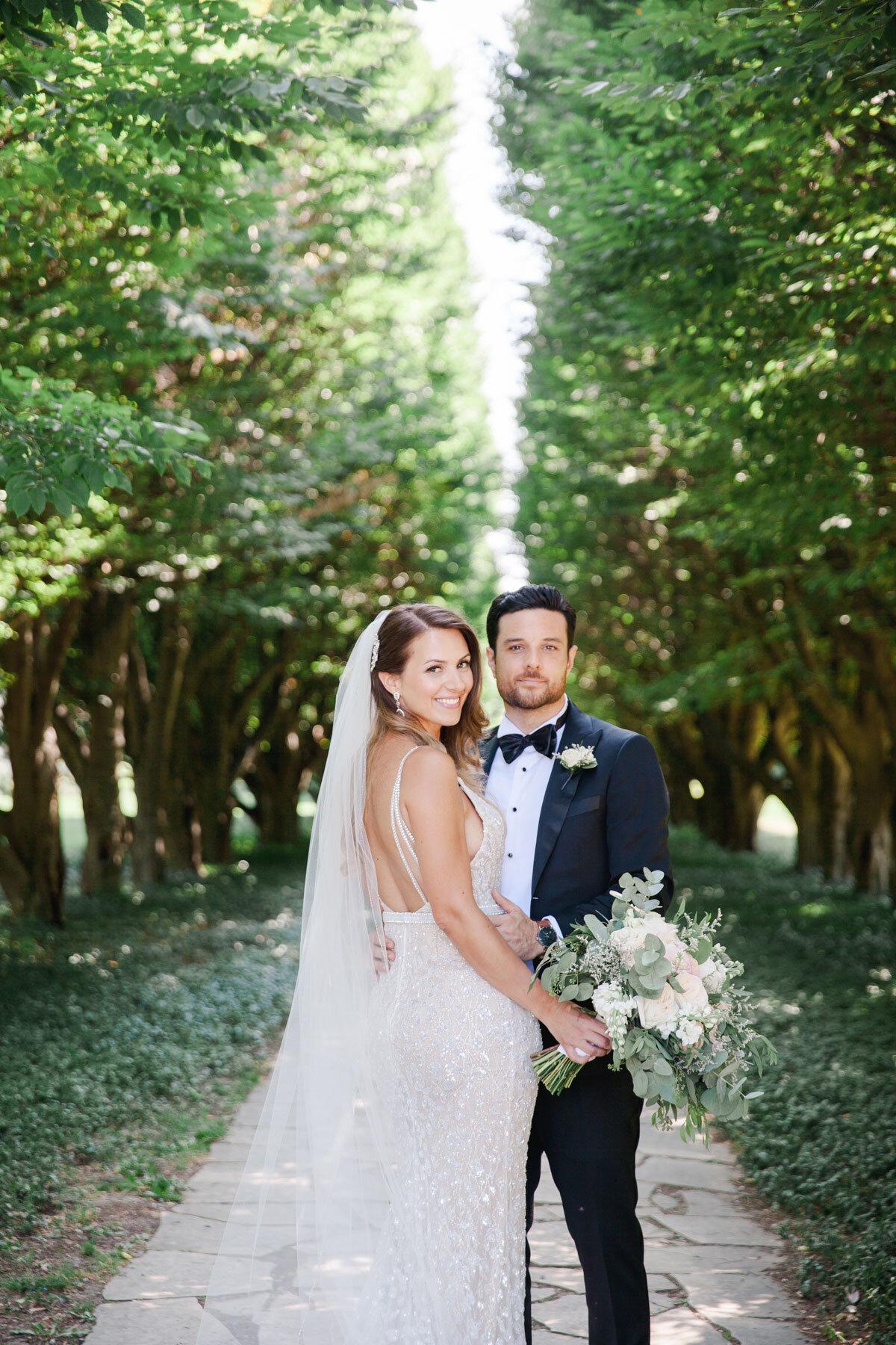 Chateau-des-Charmes-Wedding-Summer-Vineyard-Bride-Niagara-on-the-Lake-photos-by-Gemini-Photography-Ontario-0024.jpg