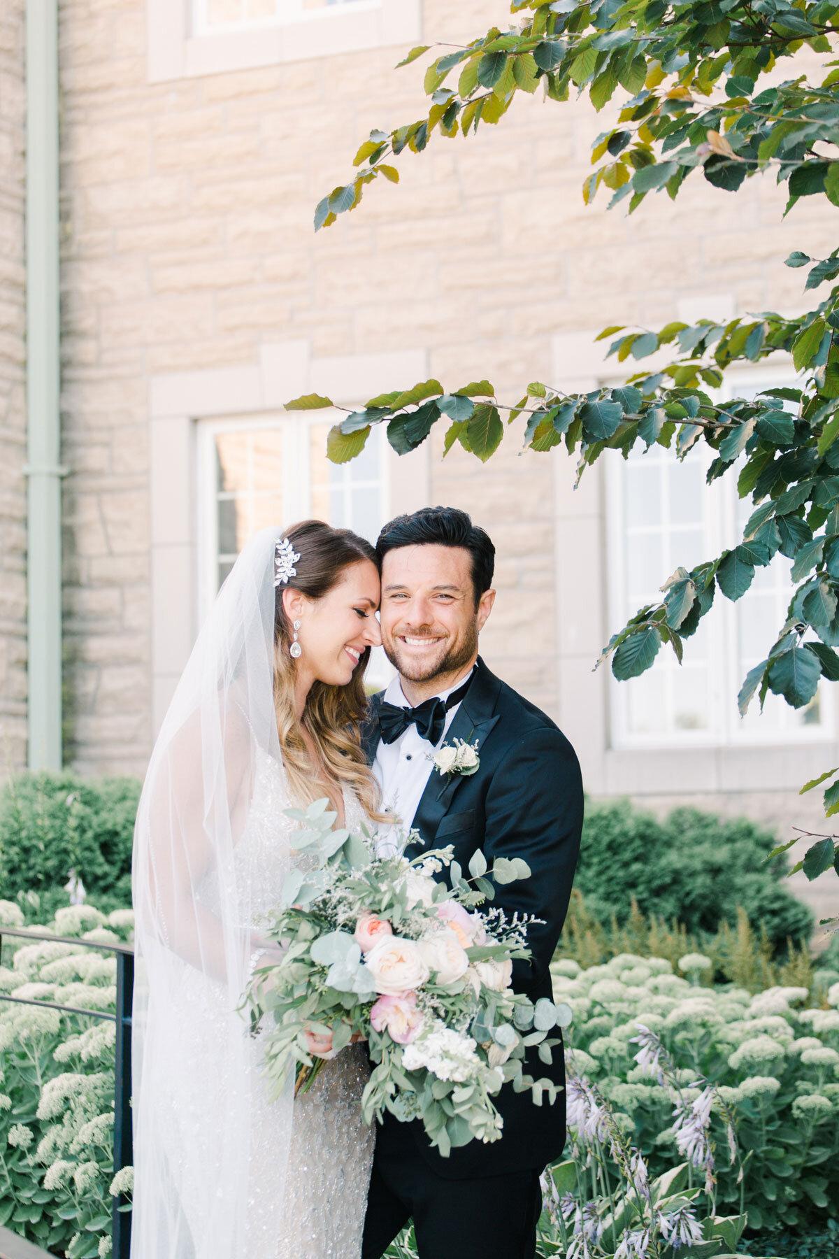 Chateau-des-Charmes-Wedding-Summer-Vineyard-Bride-Niagara-on-the-Lake-photos-by-Gemini-Photography-Ontario-0036.jpg