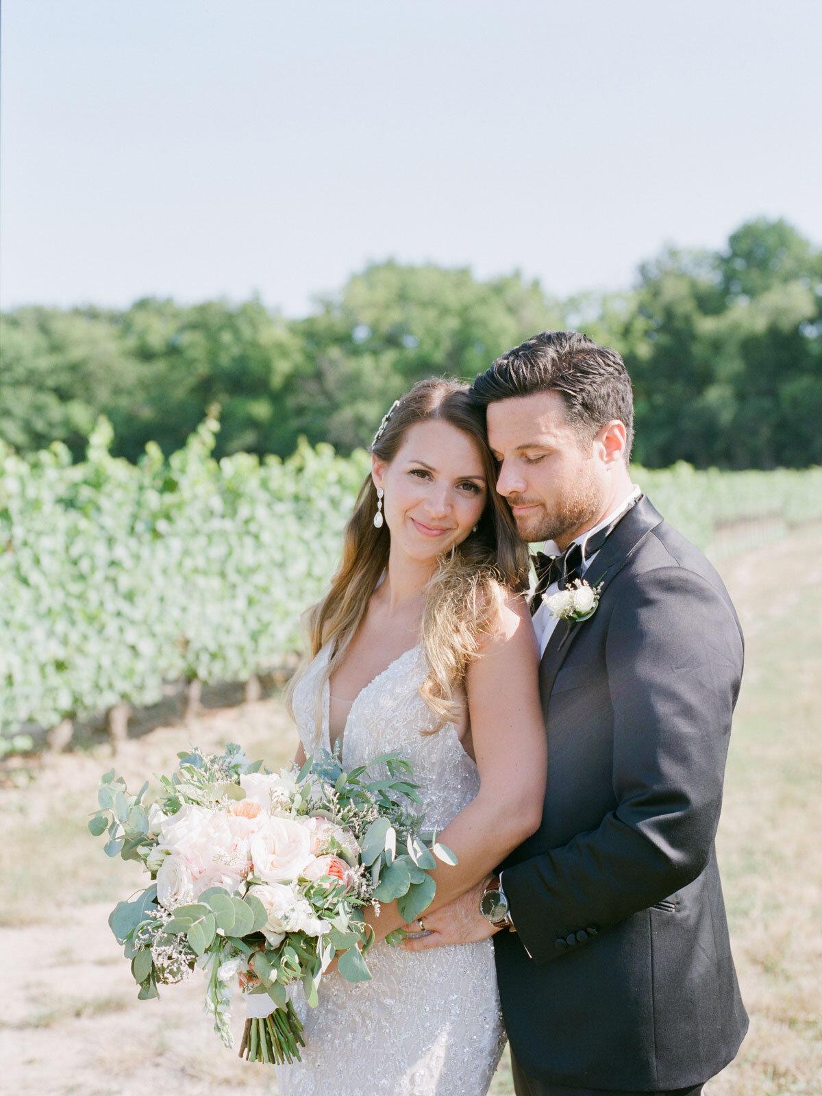 Chateau-des-Charmes-Wedding-Summer-Vineyard-Bride-Niagara-on-the-Lake-photos-by-Gemini-Photography-Ontario-0043.jpg