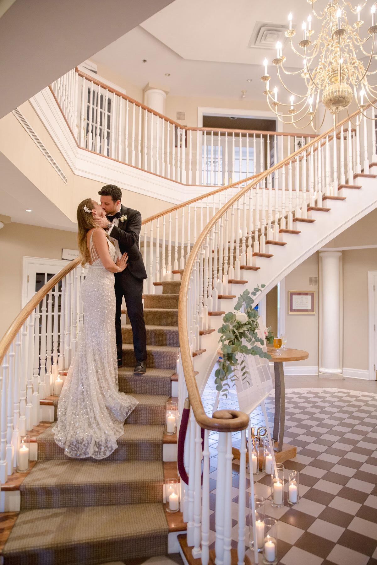 Chateau-des-Charmes-Wedding-Summer-Vineyard-Bride-Niagara-on-the-Lake-photos-by-Gemini-Photography-Ontario-0067.jpg