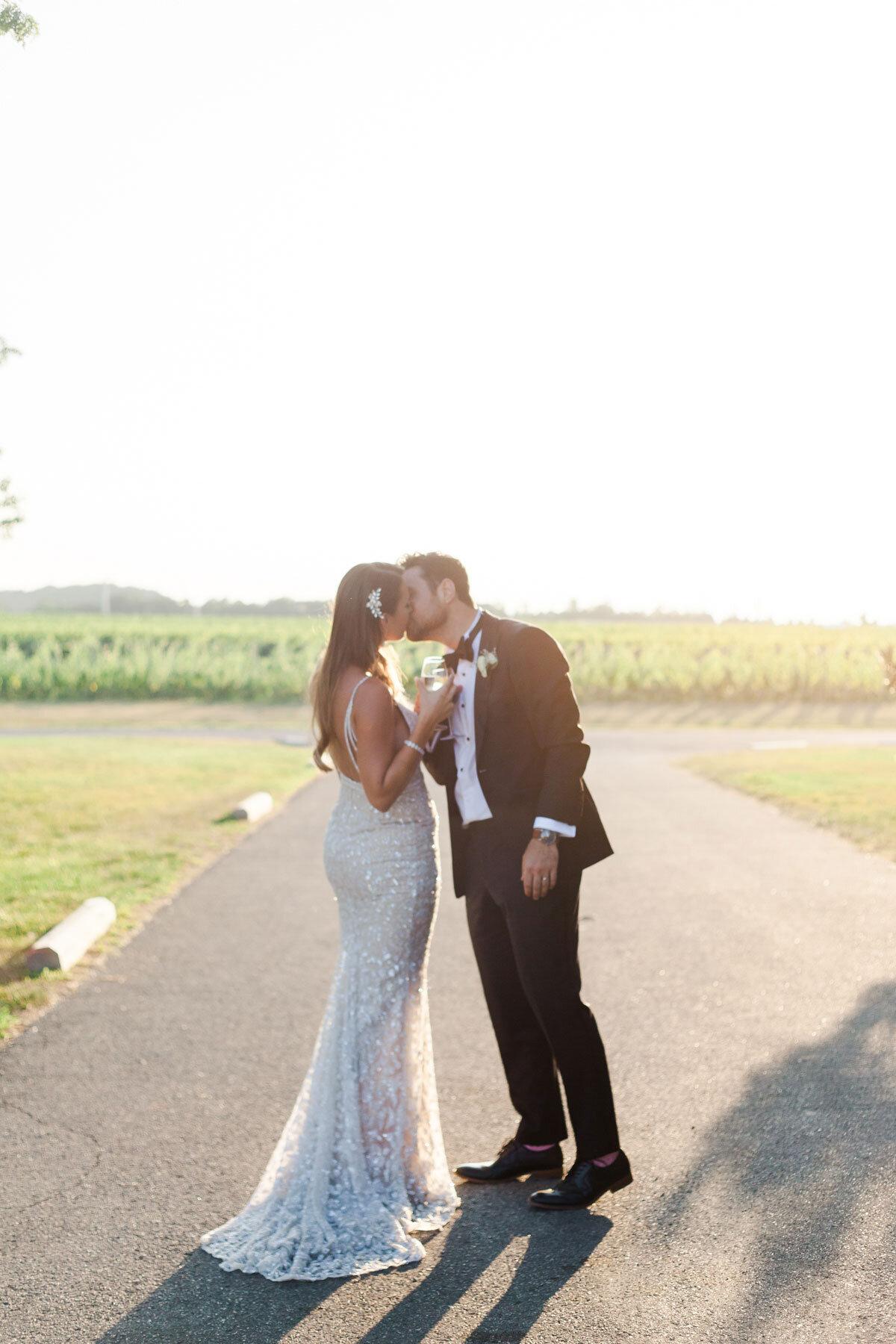 Chateau-des-Charmes-Wedding-Summer-Vineyard-Bride-Niagara-on-the-Lake-photos-by-Gemini-Photography-Ontario-0073.jpg