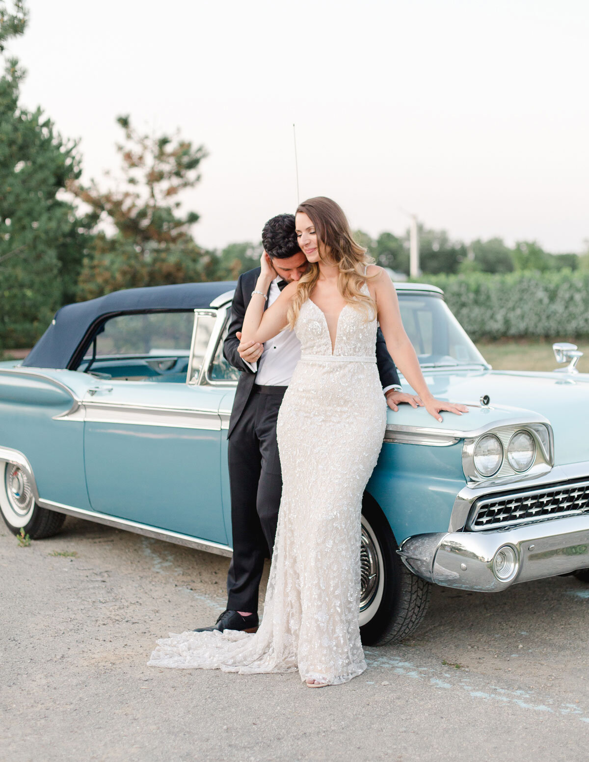 Chateau-des-Charmes-Wedding-Summer-Vineyard-Bride-Niagara-on-the-Lake-photos-by-Gemini-Photography-Ontario-0078.jpg