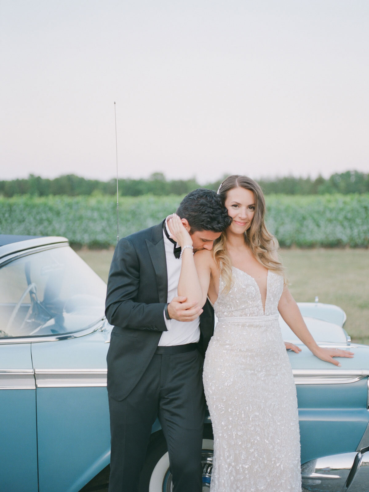 Chateau-des-Charmes-Wedding-Summer-Vineyard-Bride-Niagara-on-the-Lake-photos-by-Gemini-Photography-Ontario-0079.jpg