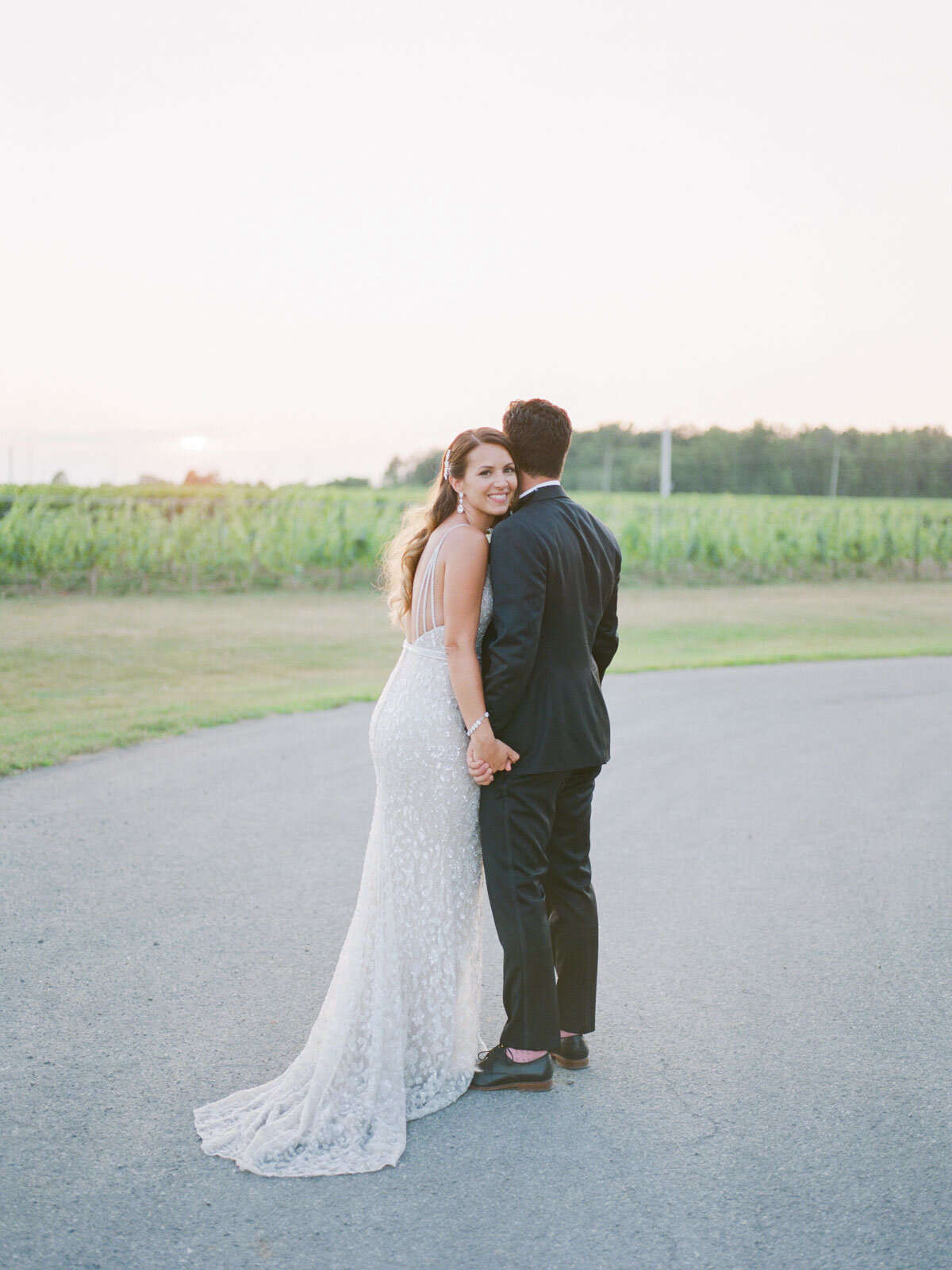 Chateau-des-Charmes-Wedding-Summer-Vineyard-Bride-Niagara-on-the-Lake-photos-by-Gemini-Photography-Ontario-0081.jpg
