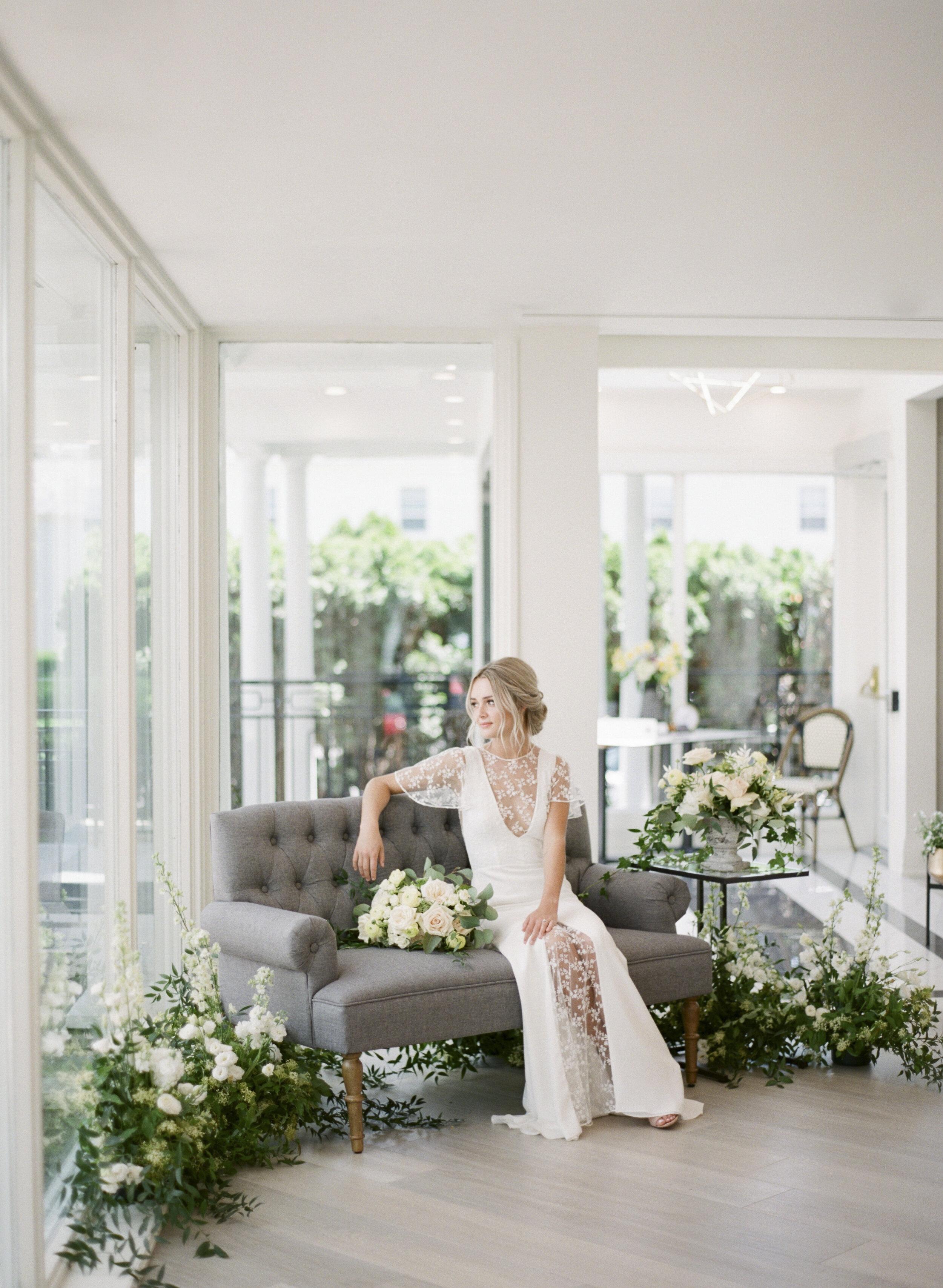 vineyard-bride-vendor-spotlight-the-swish-list-bridal-glam-co-hair-and-makeup-wedding-vendors-niagara-toronto-southern-ontario007.jpg