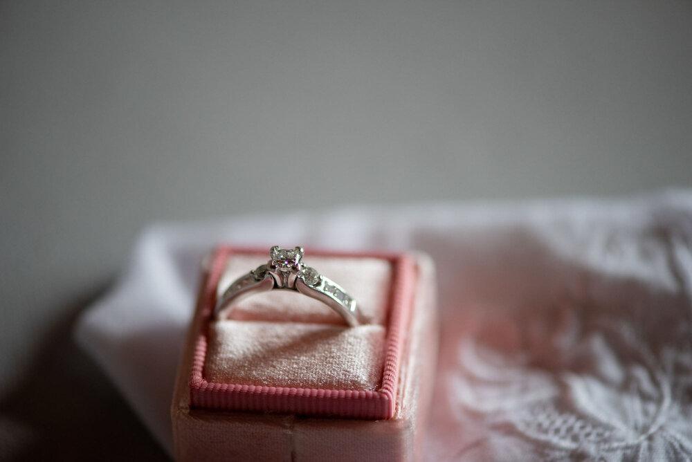 vineyard-bride-vendor-spotlight-the-swish-list-sparkle-and-twine-event-planning-design-wedding-vendors-niagara-toronto-southern-ontario-003.jpg