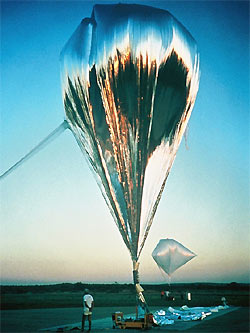 Montgolfier Infra Red balloon