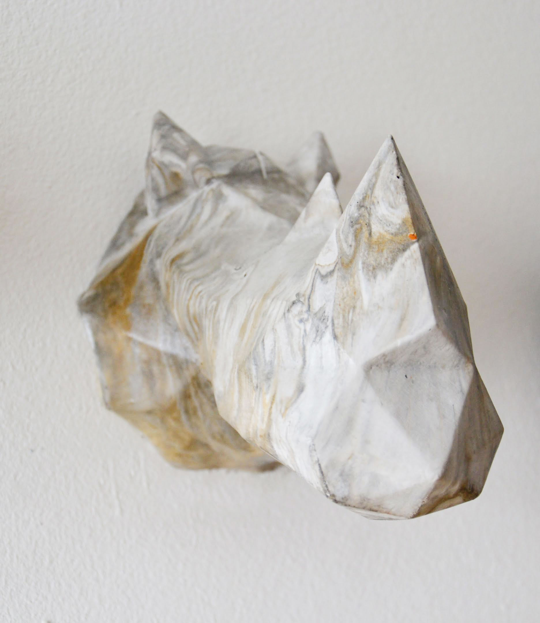 miss-cloudy-thomas-pagliuca-atelier-concrete-hunting-trophy-rhinoceros-6.jpg