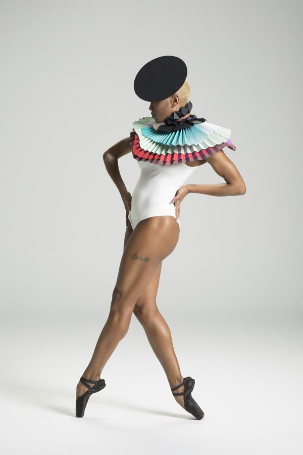 miss-cloudy-pauline-loctin-plie-project-ballerina-paper-art-origami-garment-tutu-ballet-dancer-melika-dez-folding-pointe-akua-01.jpg