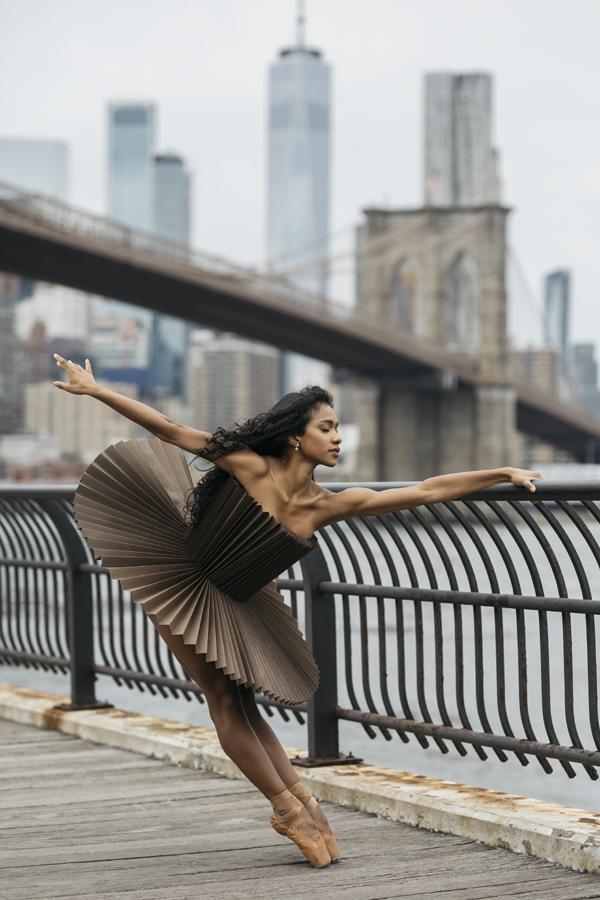 miss-cloudy-pauline-loctin-plie-project-ballerina-paper-art-origami-garment-tutu-ballet-dancer-melika-dez-folding-pointe-brooklyn-06.jpg