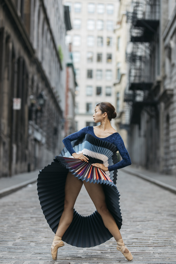 miss-cloudy-pauline-loctin-plie-project-ballerina-paper-art-origami-garment-tutu-ballet-dancer-melika-dez-folding-pointe-mai-montreal-06.jpg