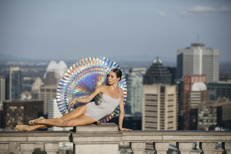 miss-cloudy-pauline-loctin-plie-project-ballerina-paper-art-origami-garment-tutu-ballet-dancer-melika-dez-folding-pointe-maude-montreal-05.jpg