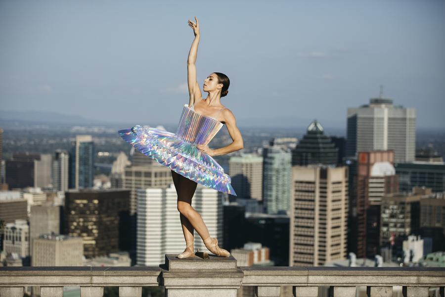 miss-cloudy-pauline-loctin-plie-project-ballerina-paper-art-origami-garment-tutu-ballet-dancer-melika-dez-folding-pointe-maude-montreal-04.jpg