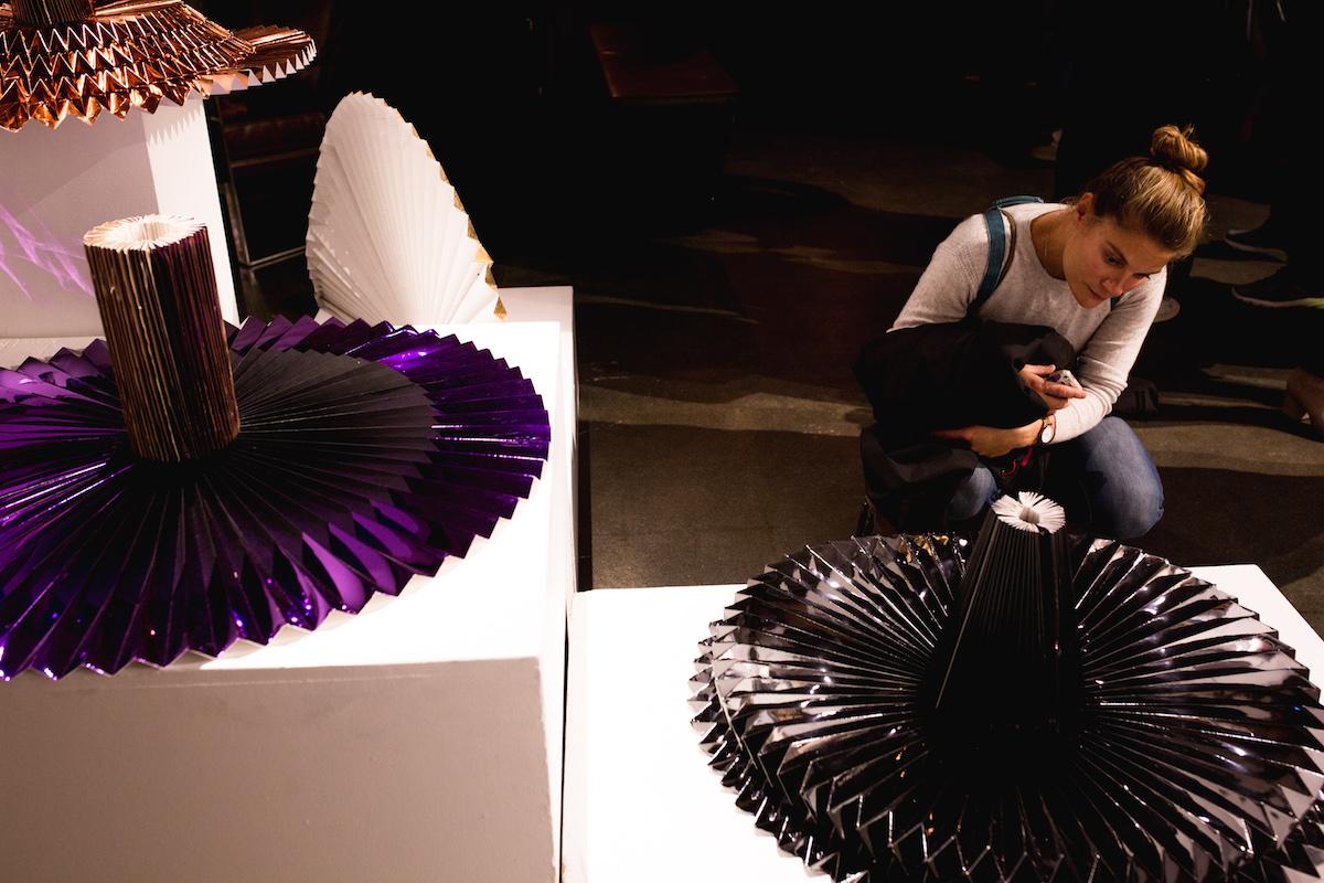 miss-cloudy-pauline-loctin-plie-project-melika-dez-ausgang-exhibition-paper-art-origami-ballerina-ballet-dancer-pointe-fold-16.jpg