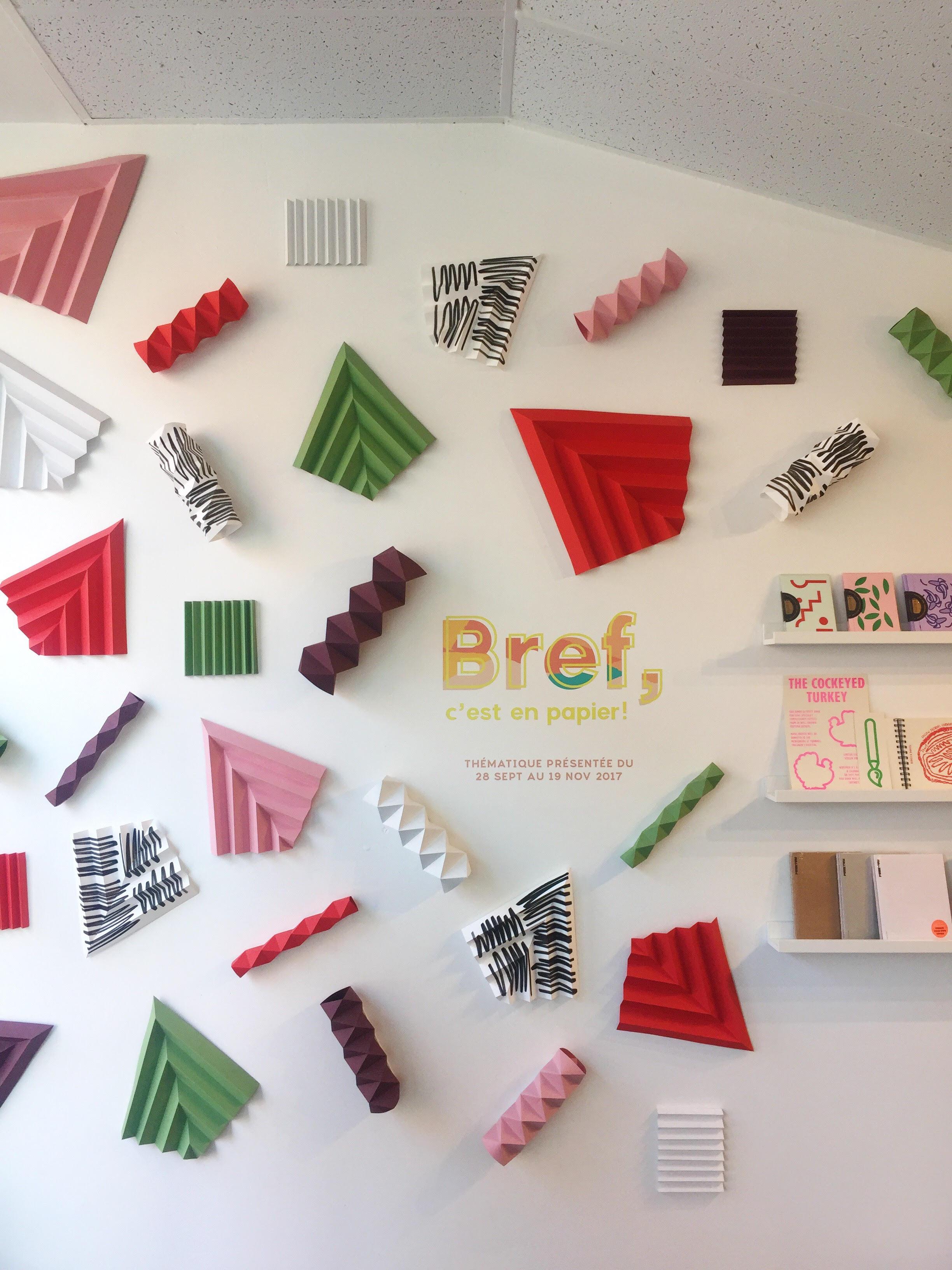 pauline-loctin-art-origami-installation-mural-bref-miss-cloudy-murale-paper.jpg
