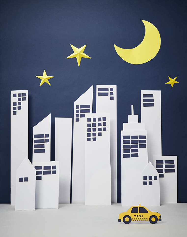 miss-cloudy-pauline-loctin-bentley-paper-art-props-set-up-design-campaign-bentley-7.jpg