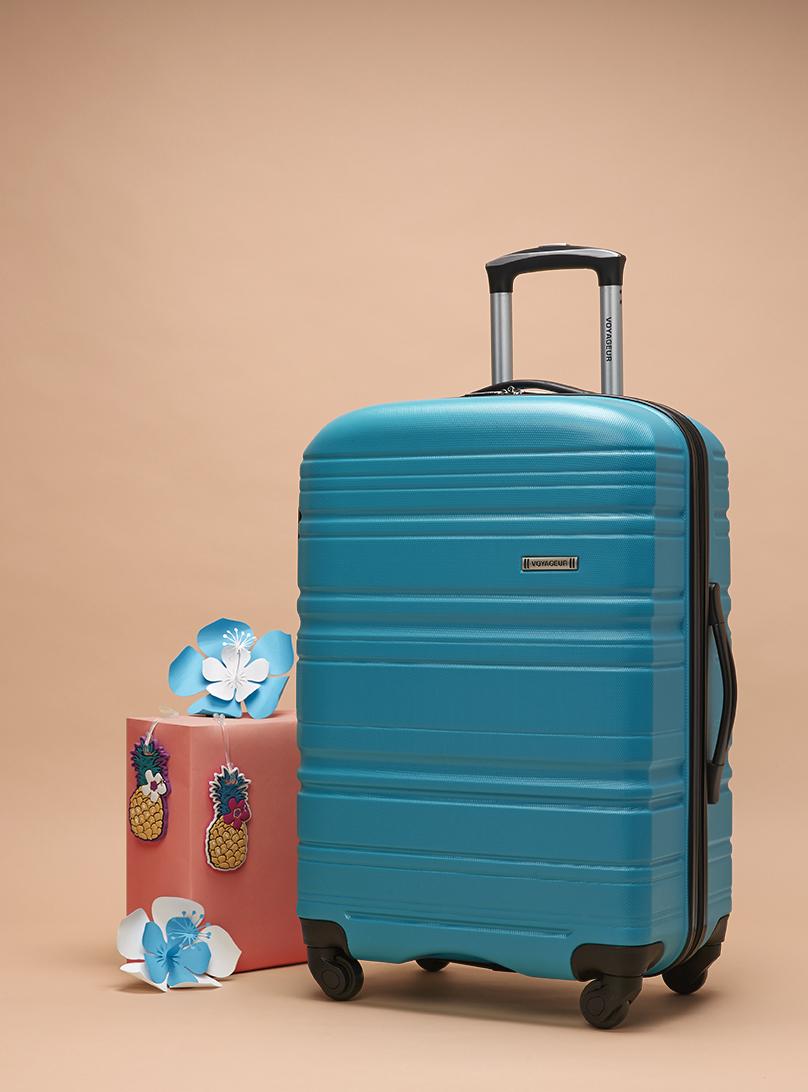 miss-cloudy-pauline-loctin-bentley-paper-art-props-set-up-design-campaign-bentley-10.jpg