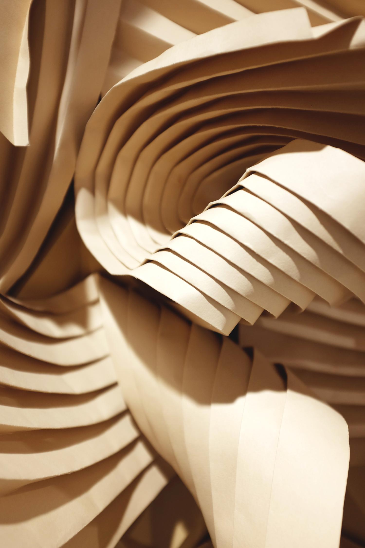 miss-cloudy-folding-paper-art-dune-knot-on-my-planet-holt-renfrew-doutzen-mural-sable-colorplan-pauline-loctin-16.jpg