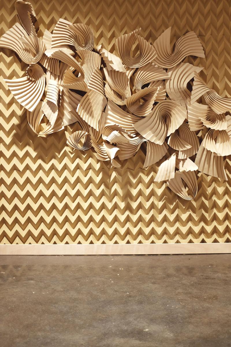 miss-cloudy-folding-paper-art-dune-knot-on-my-planet-holt-renfrew-doutzen-mural-sable-colorplan-pauline-loctin-7.jpg