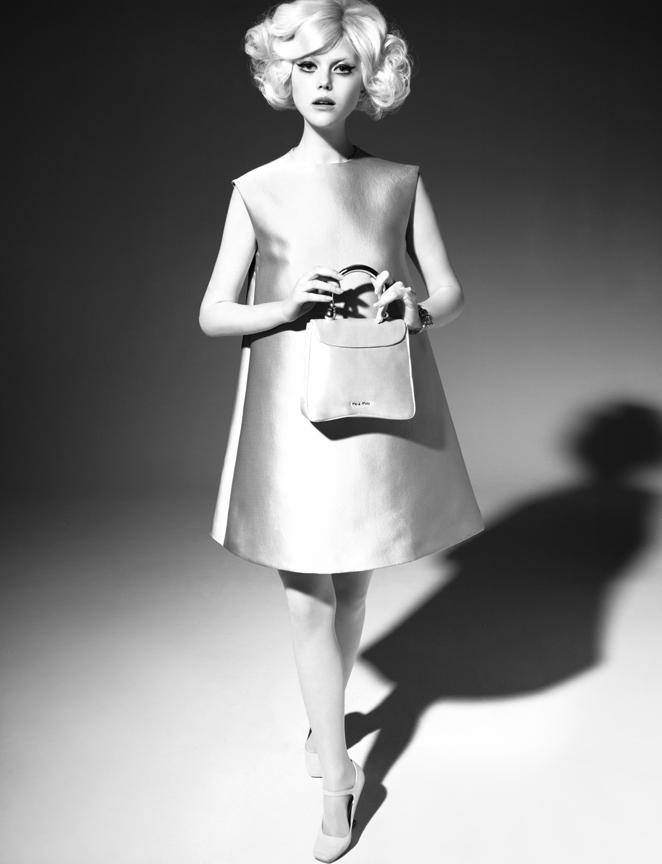 Anne Sophie Monrad by Simon Burstall (Pastello - Amica April 2012) 2.jpg