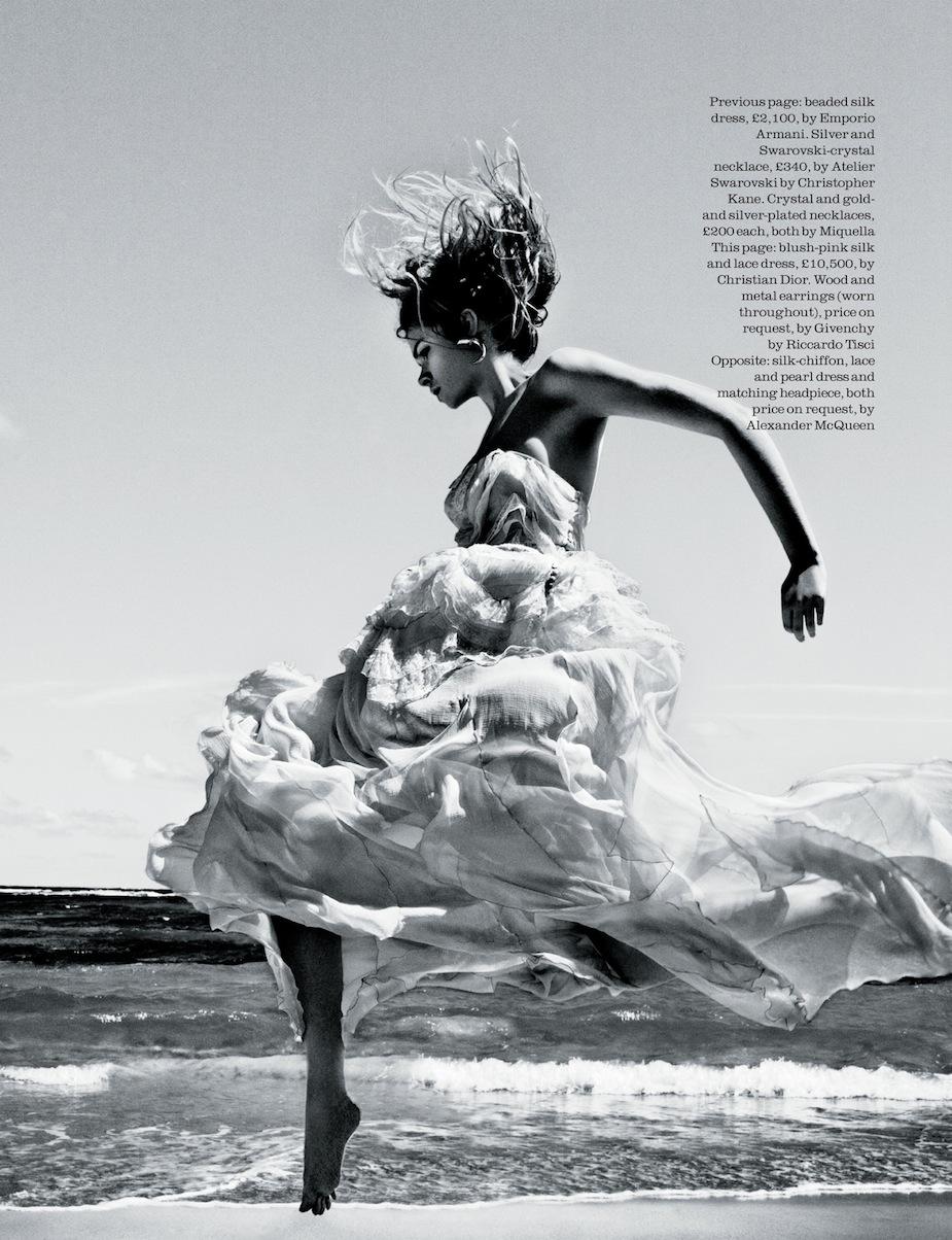 Gwen Loos by Enrique Badulescu (The Tempest - Elle UK June 2012) 2.jpg