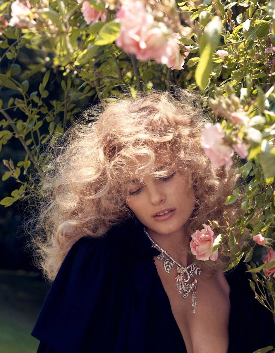 Edita Vilkeviciute by Camilla Akrans (Remembered By Eros - Vogue Japan September 2012) 2.jpeg