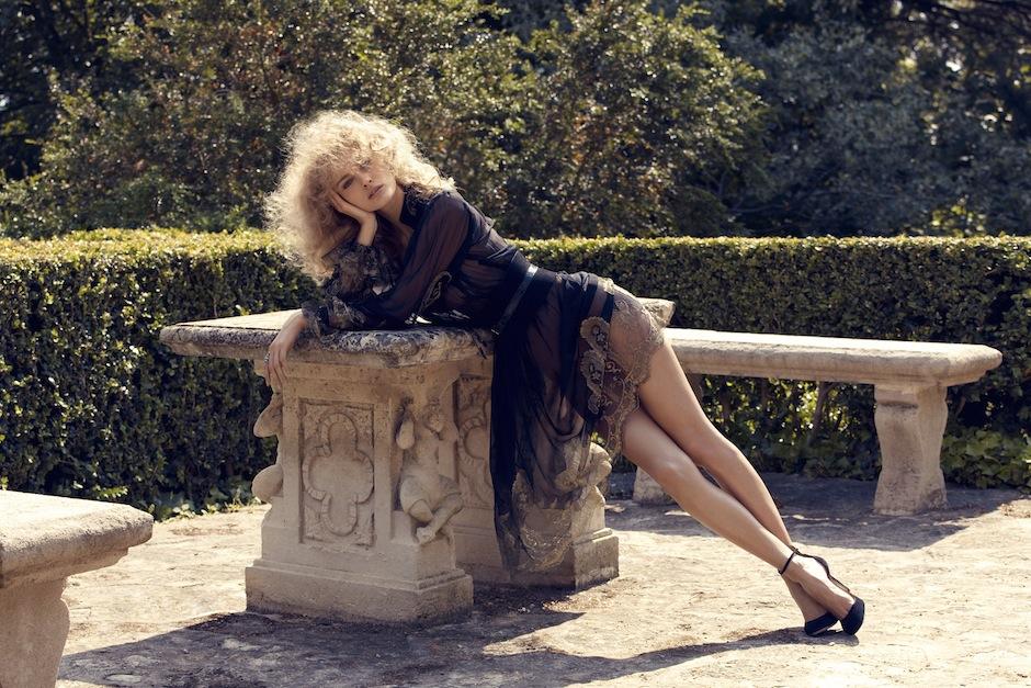 Edita Vilkeviciute by Camilla Akrans (Remembered By Eros - Vogue Japan September 2012) 6.jpeg