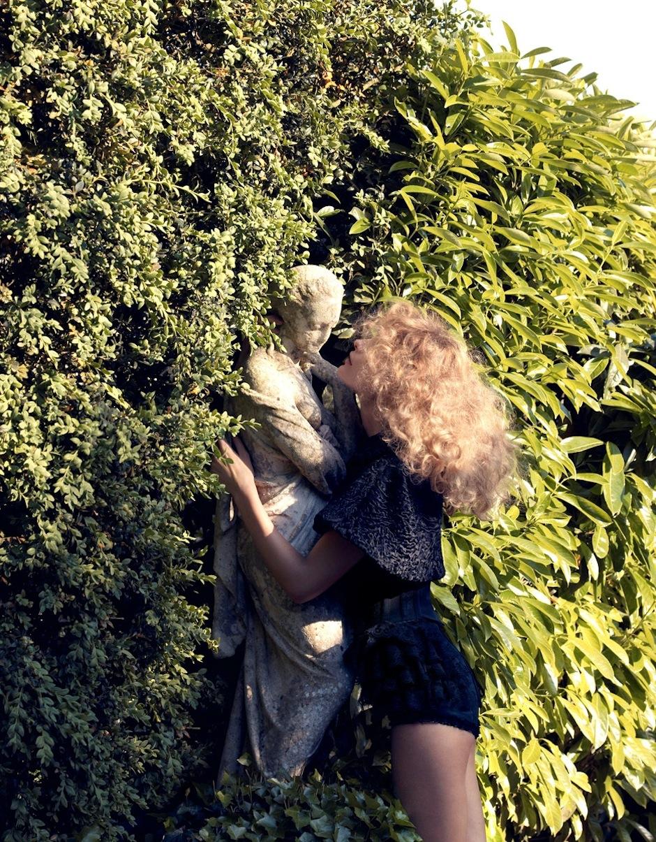 Edita Vilkeviciute by Camilla Akrans (Remembered By Eros - Vogue Japan September 2012) 8.jpeg