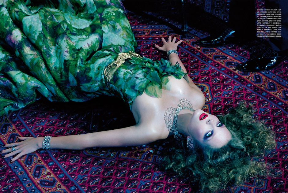 Eniko Mihalik by Miles Aldridge (So Magical, So Mysterious - Vogue Italia September 2012) 12.jpeg