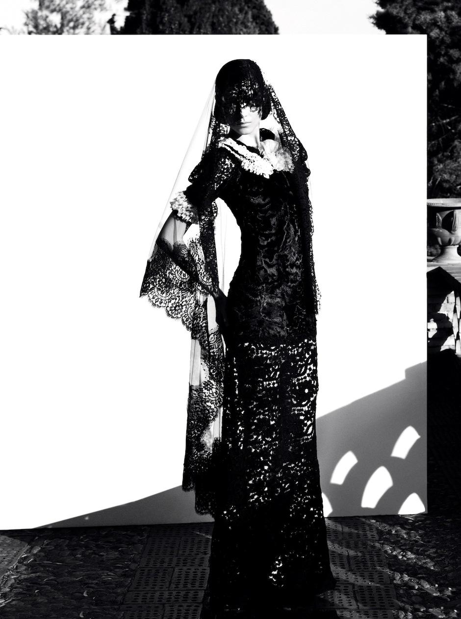 Kati Nescher by Camilla Akrans (Dolce Diva - Vogue Germany October 2012) 2.jpeg
