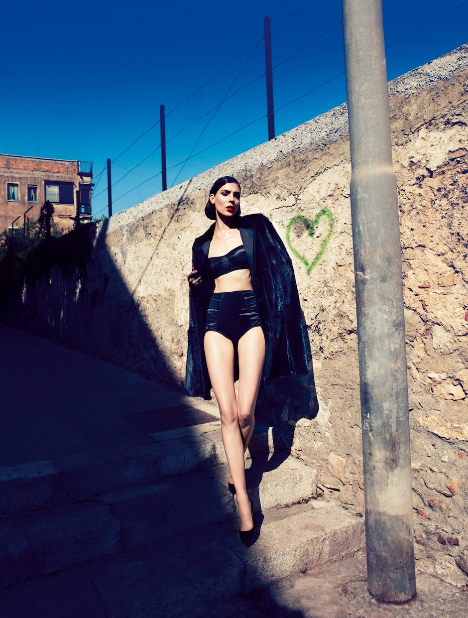 Kati Nescher by Camilla Akrans (Dolce Diva - Vogue Germany October 2012) 4.jpeg