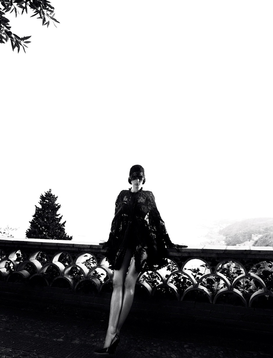 Kati Nescher by Camilla Akrans (Dolce Diva - Vogue Germany October 2012) 8.jpeg