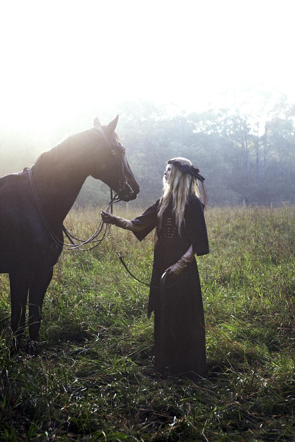 Christina Kruse by Jeff Elstone (Freyja - StyleZeitgeist #3 Fall 2012) 10.jpg