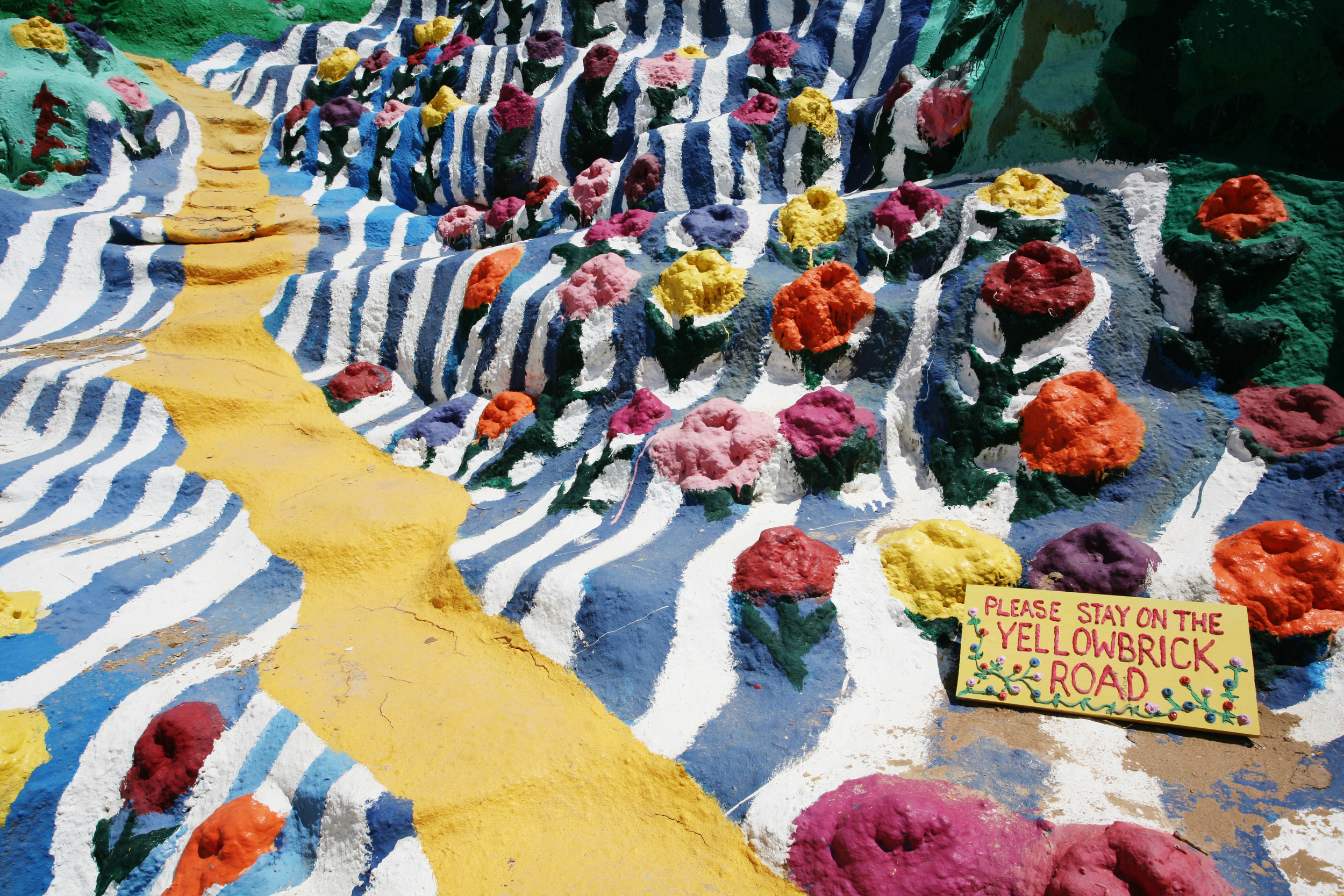 Yellow Brick Road, Salvation Mountain