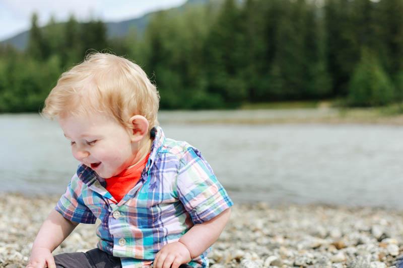 Alaska Child Photographer | MALLORIE OWENS