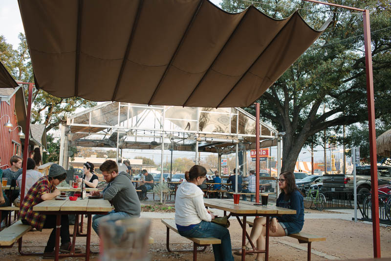 Places to Eat in Austin, Texas ↠ Radio Coffee and Beer | MALLORIE OWENS