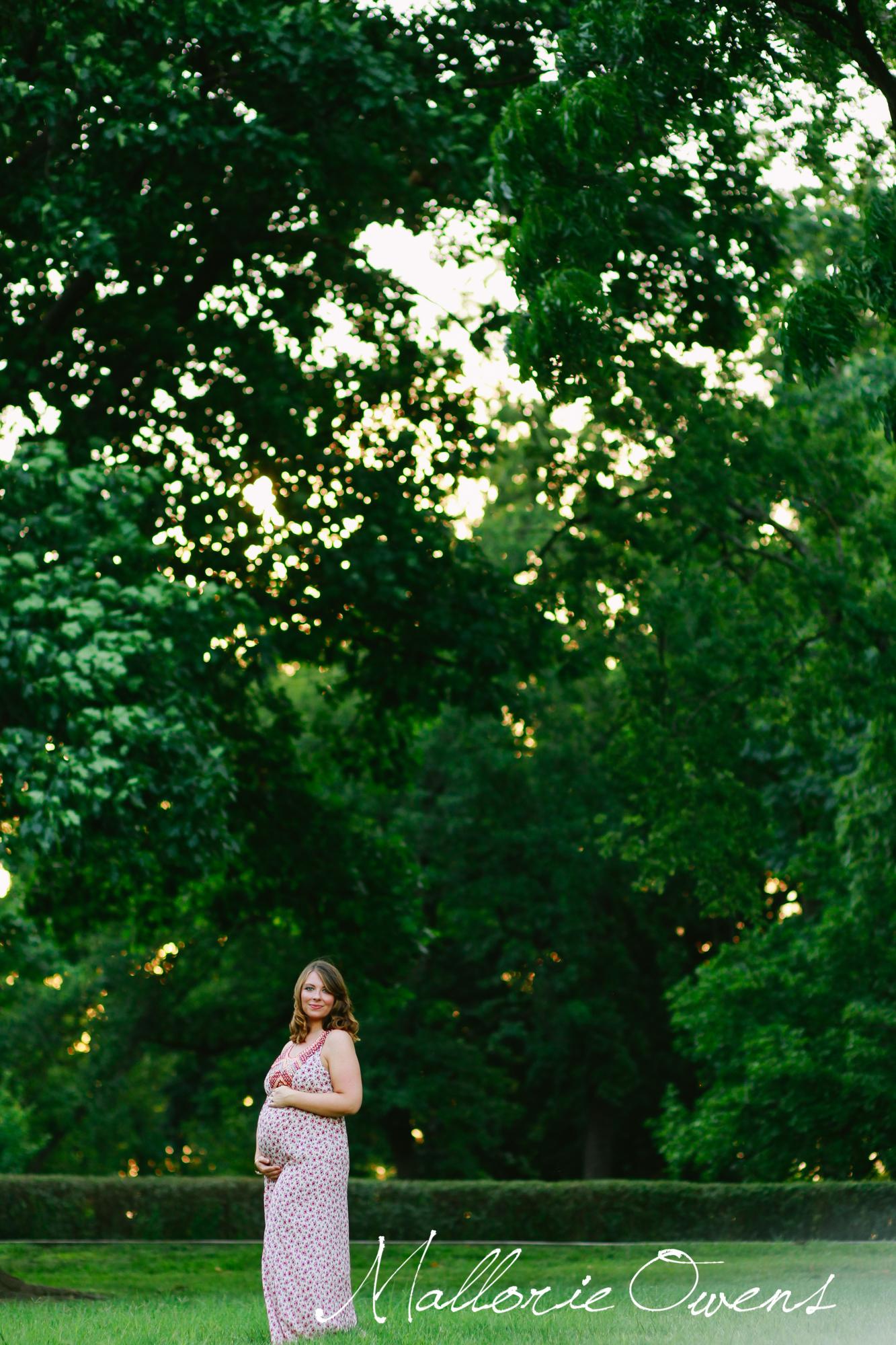 Fine Art Maternity Photos | Mallorie Owens
