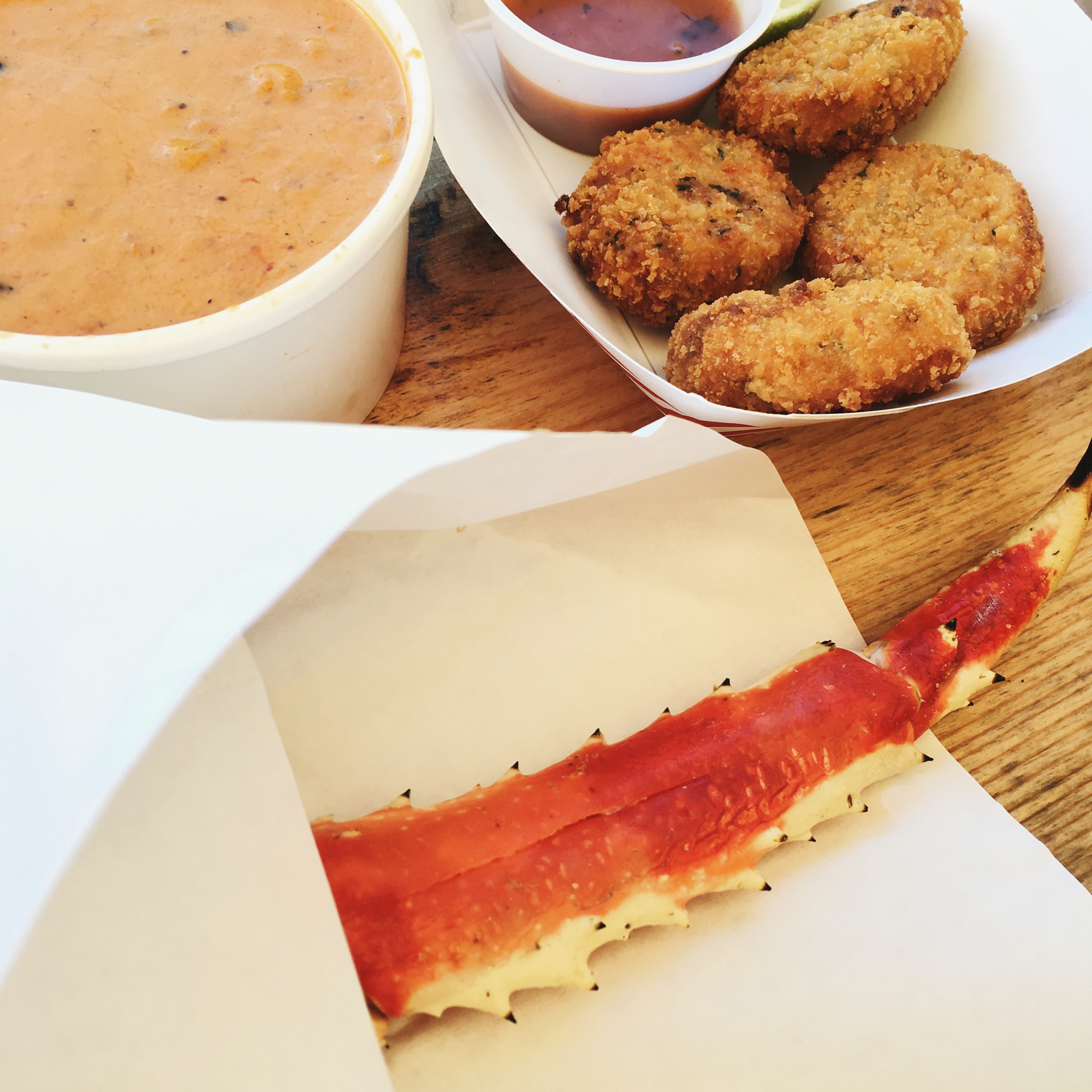 Places to Eat in Juneau, Alaska ↠ Tracy's King Crab Shack | MALLORIE OWENS