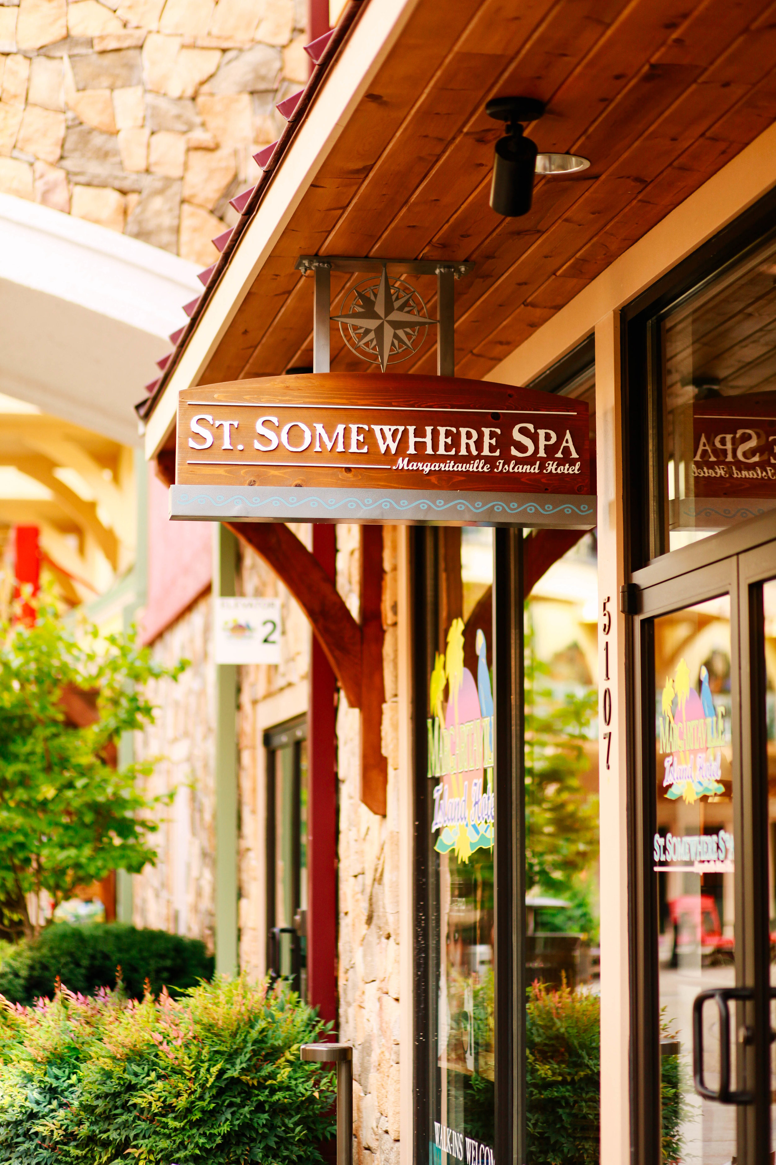 Beauty Favorites in Pigeon Forge, Tennessee ↠ St. Somewhere Spa Margaritaville Island Hotel   3 things to know before getting a lash lift!