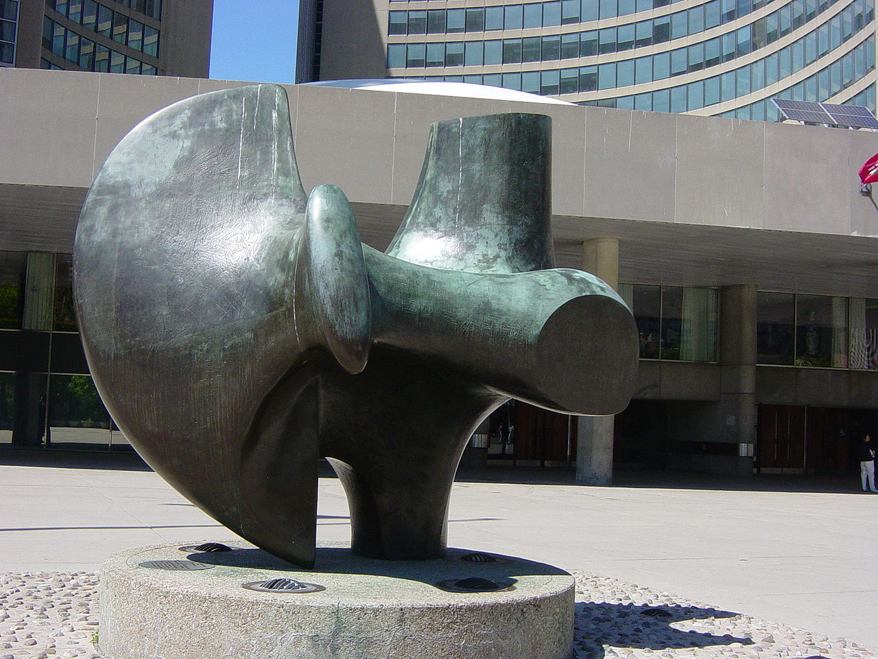 Henry Moore , Three Way Piece No. 2 (The Archer),  (1964–1965)