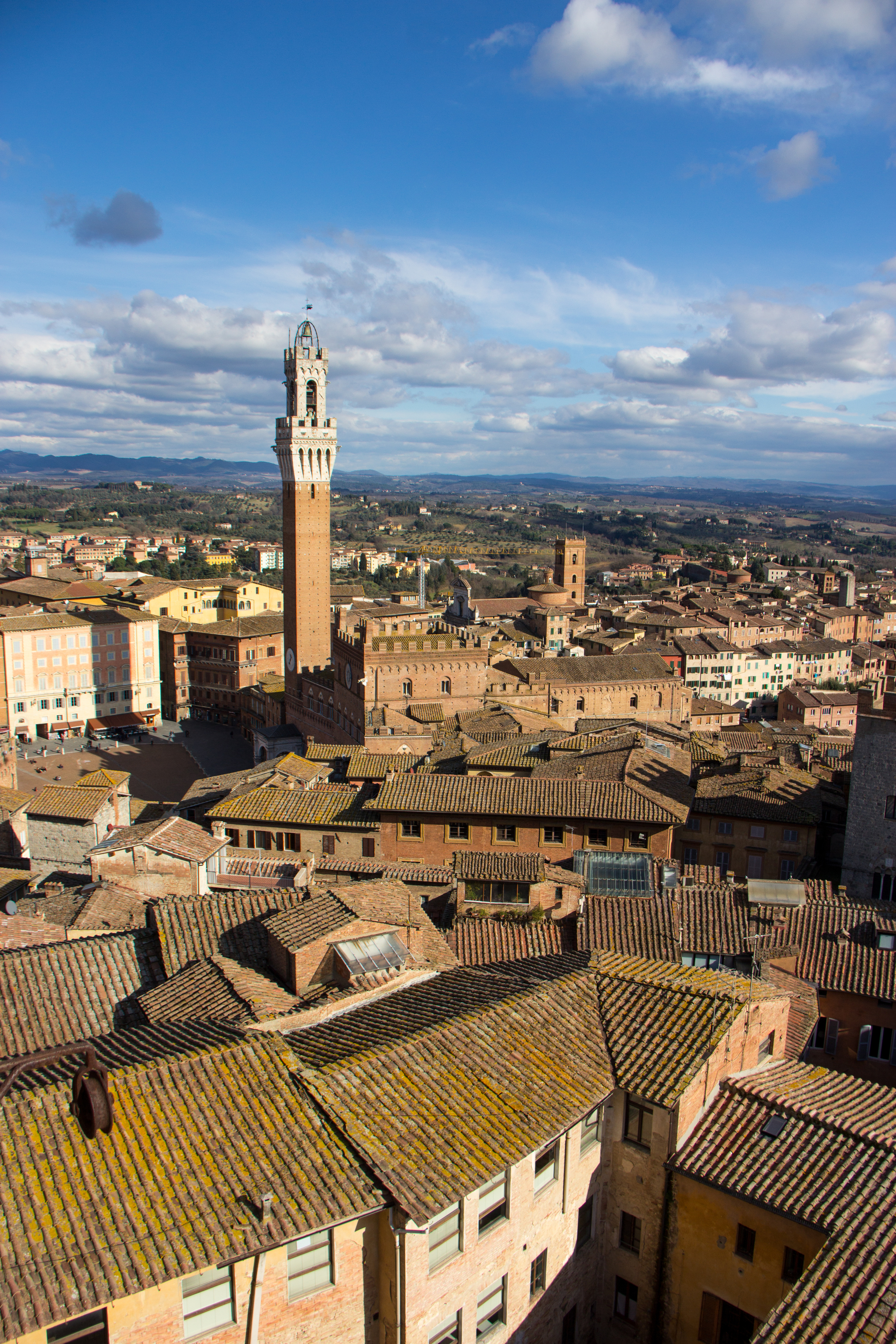 Day trips to beautiful places like Siena...