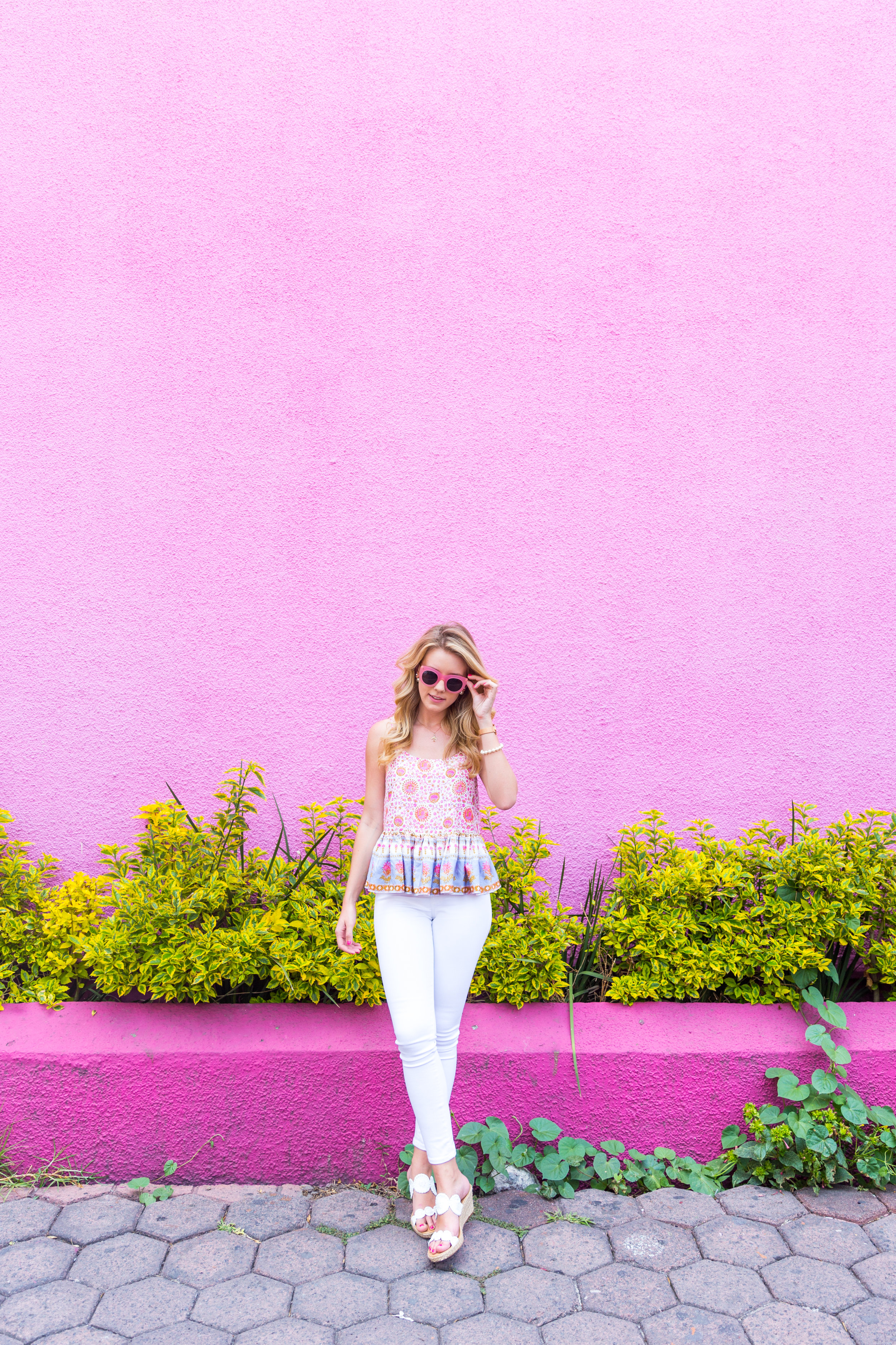 Mexico City Pink Wall Summer Outfit White Jeans Peplum Cami-2.jpg