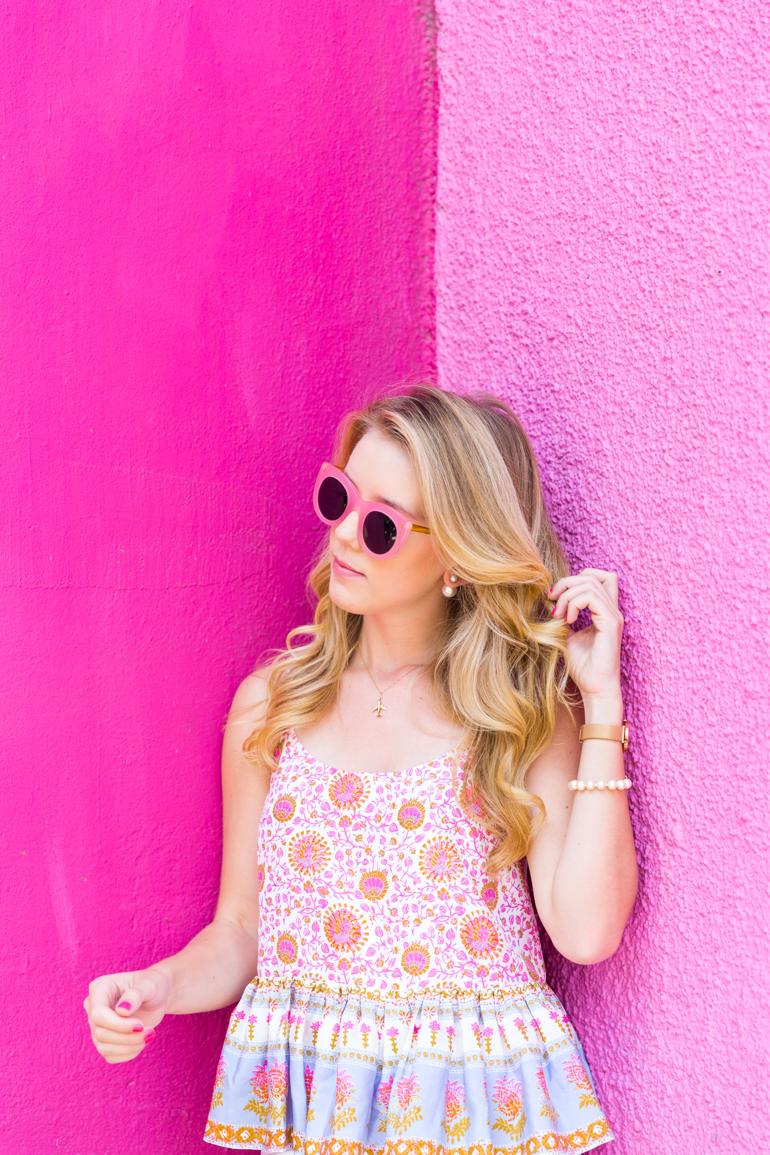 Mexico City Pink Wall Summer Outfit White Jeans Peplum Cami-8.jpg