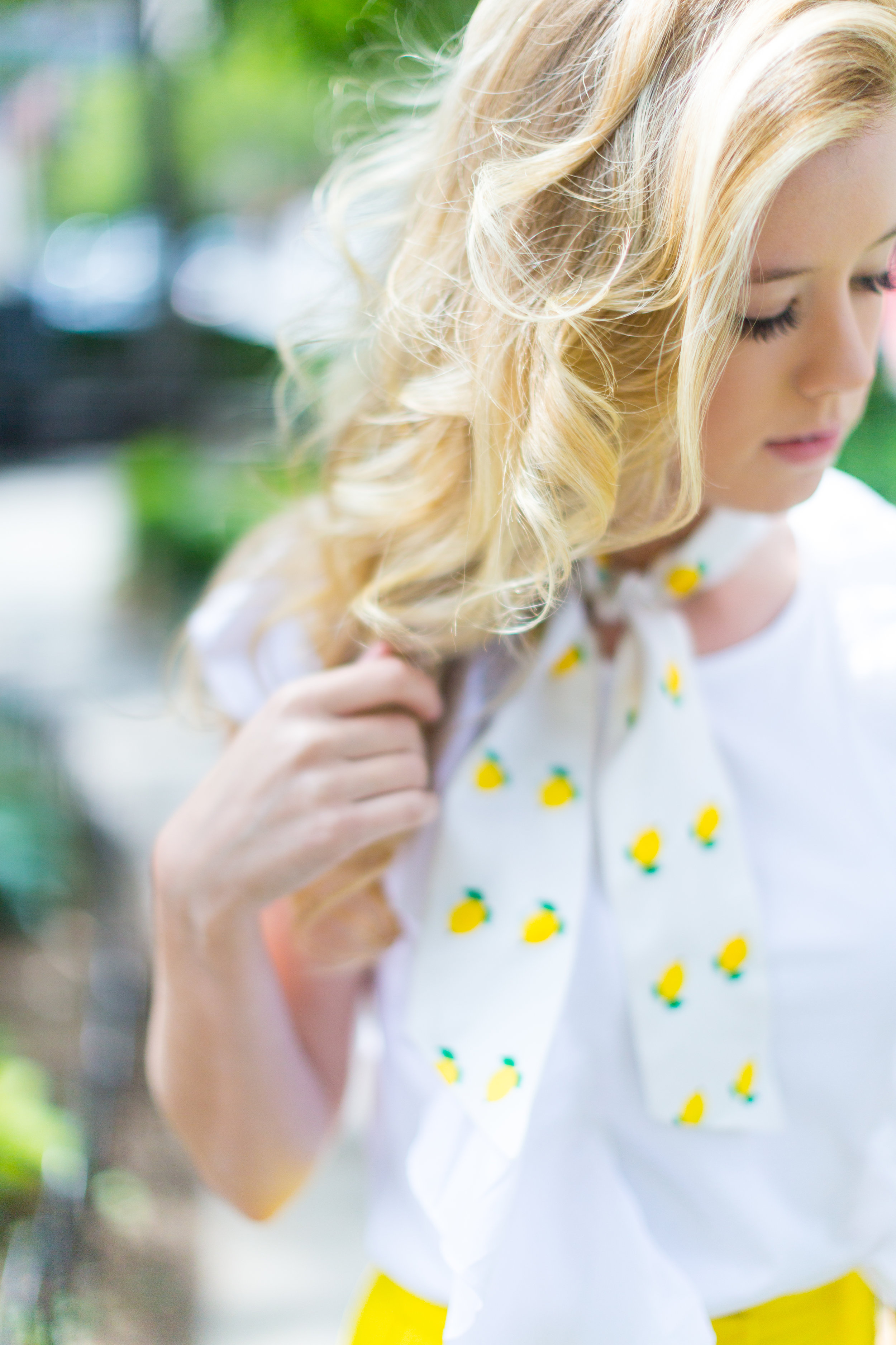 NYC Summer Yellow Lemon Print Outfit-6.jpg